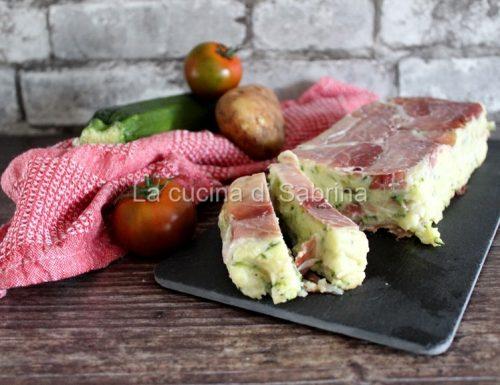 Sformato di patate zucchine e speck