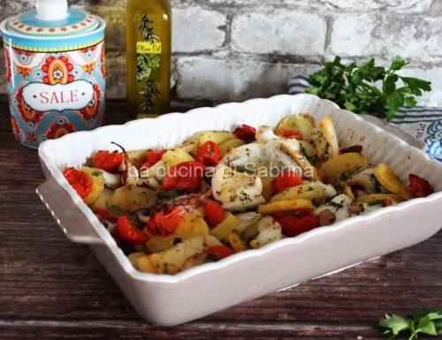 """""""Tijella"""" seppie e patate-ricetta pugliese"""