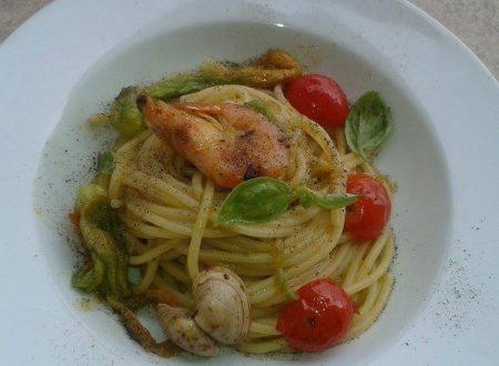 Spaghetti con fiori di zucca e gamberi ^ _ ^