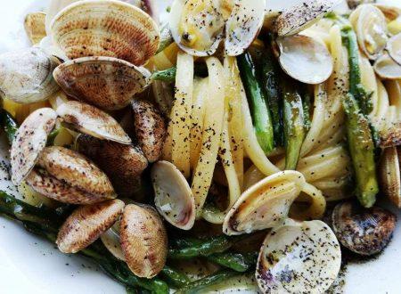 Trenette ai Lupini con Asparagi e Salsa d'Aglio dolce