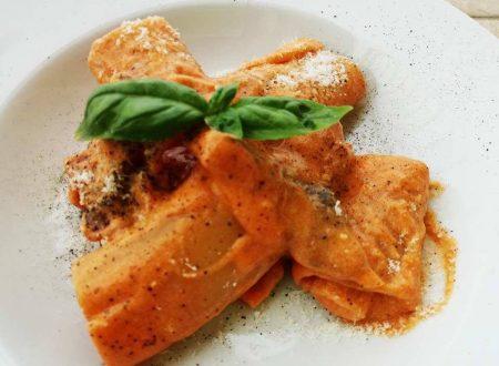 Paccheri con crema di Funghi Porcini e Parmigiano