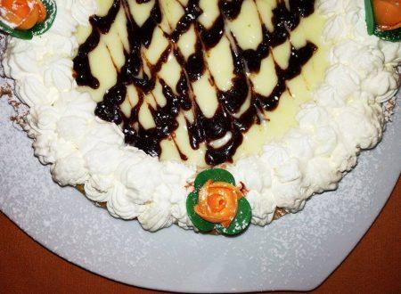 Crostata con Crema Mousseline e Panna