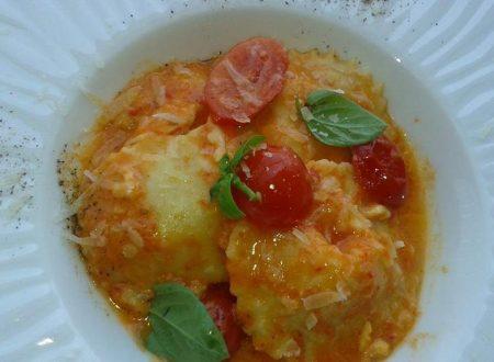 Ravioli ripieni con Speck e Mozzarella affumicata