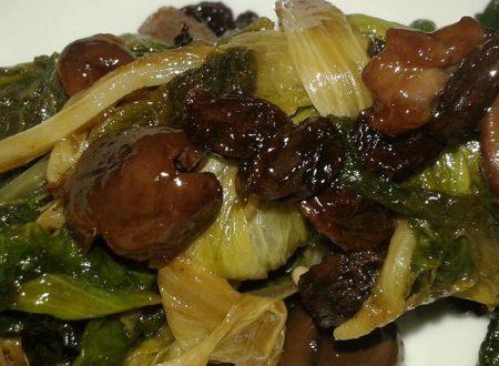 Scarola con uvetta ed olive