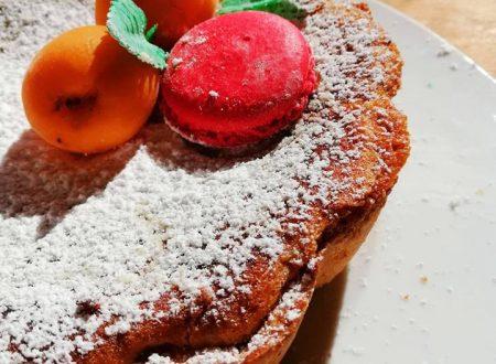 Crostata con marmellata e crema frangipane
