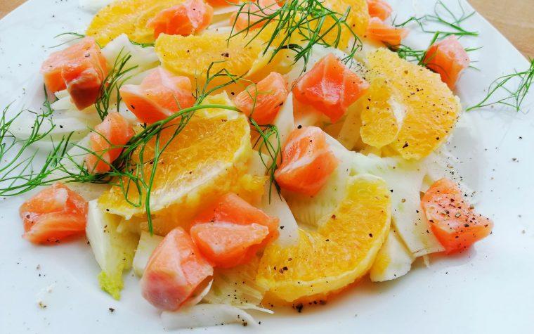 Salmone marinato con insalata di finocchi e arance😍