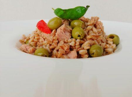 Farro perlato con Olive, Tonno e Pomodoro