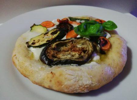 Pizza bianca con ricotta e ortaggi ^__^