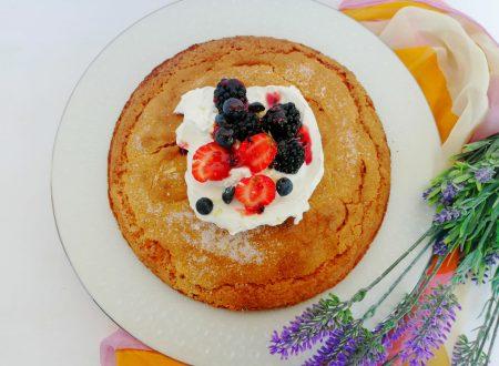 Torta al Mascarpone, Miele e Frutti di bosco ^__^