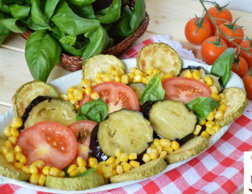Insalata di melanzane pomodori e zucchine