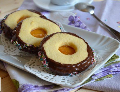 Ciambelline di marmellata e cioccolato