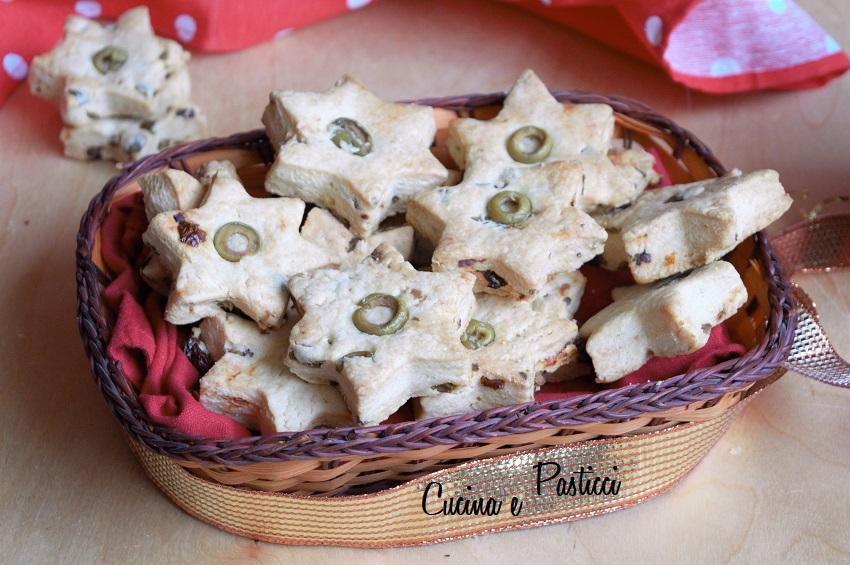 Biscotti Salati con Olive e Pomodori Secchi