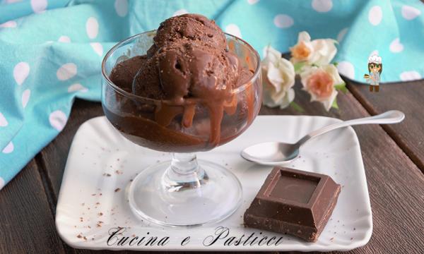 Gelato al cioccolato all' acqua senza gelatiera
