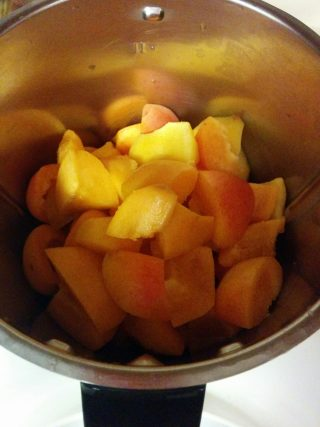 frutta a pezzi