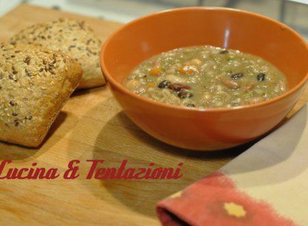 Zuppa di legumi ( tre cotture pentola /bimby/ pentola a pressione)