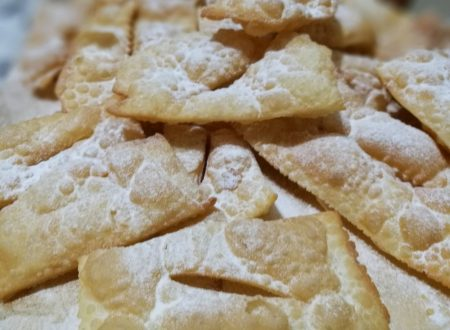 frappe bugie chiacchiere con panna