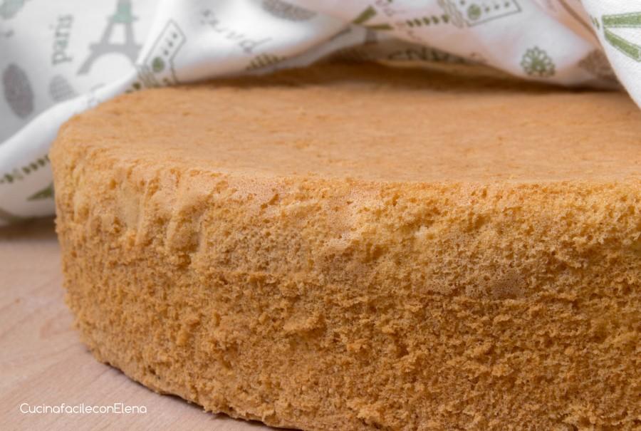 Pan di spagna senza lievito alto e sofficissimo - Glassa a specchio su pan di spagna ...