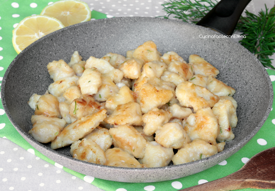 Bocconcini di pollo al limone ricetta veloce e golosa for Cucinare e congelare