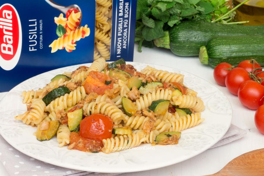 Pasta tonno zucchine pomodorini e menta ricetta golosa for Ricette barilla