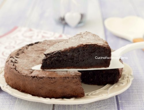 Torta cuore caldo al cioccolato