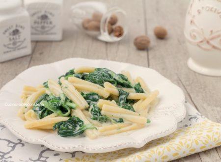 Pasta cremosa agli spinaci