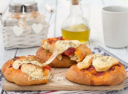 Focaccine pomodoro e formaggio