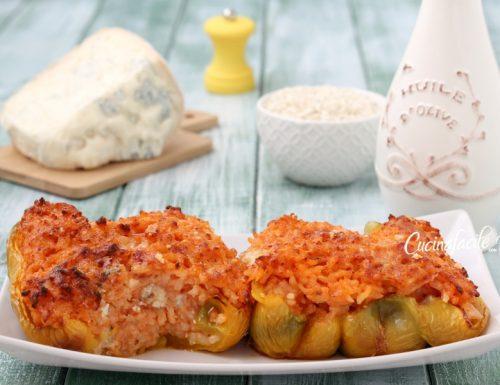 Peperoni ripieni di riso al gorgonzola