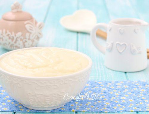 Crema pasticcera allo yogurt