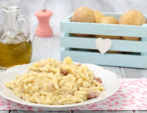 Pasta con crema di patate e speck