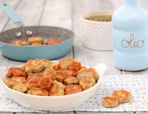 Biscotti salati in padella