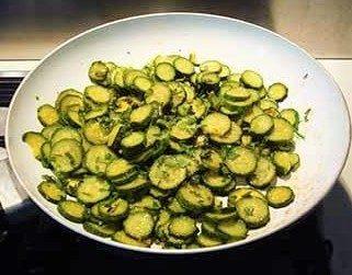 Zucchine con erbette aromatiche