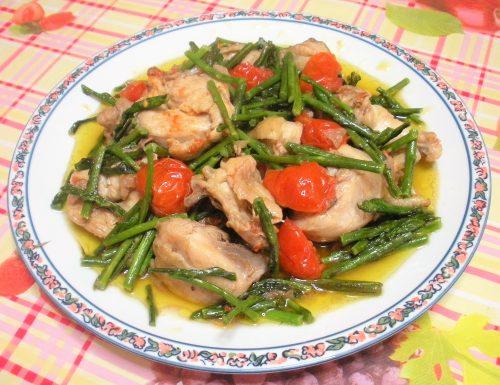 Pollo con asparagi e pomodori