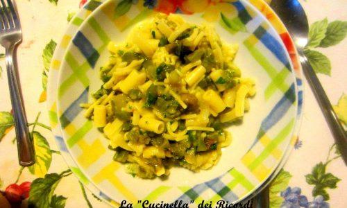 Minestra di zucchine novelle e  fiori (con pasta mista)