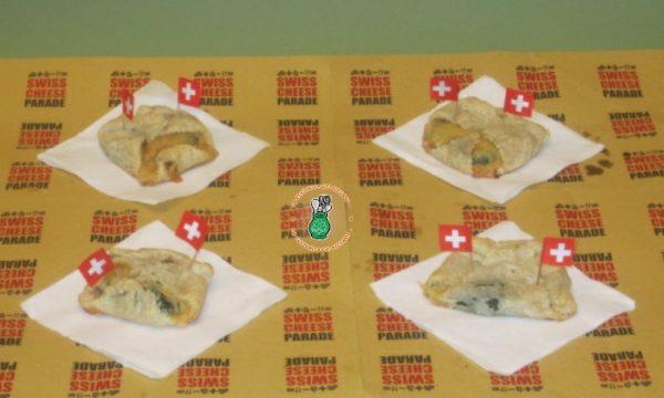 Saccottini  Street Food con Erbette, Sbrinz e Prosciutto crudo