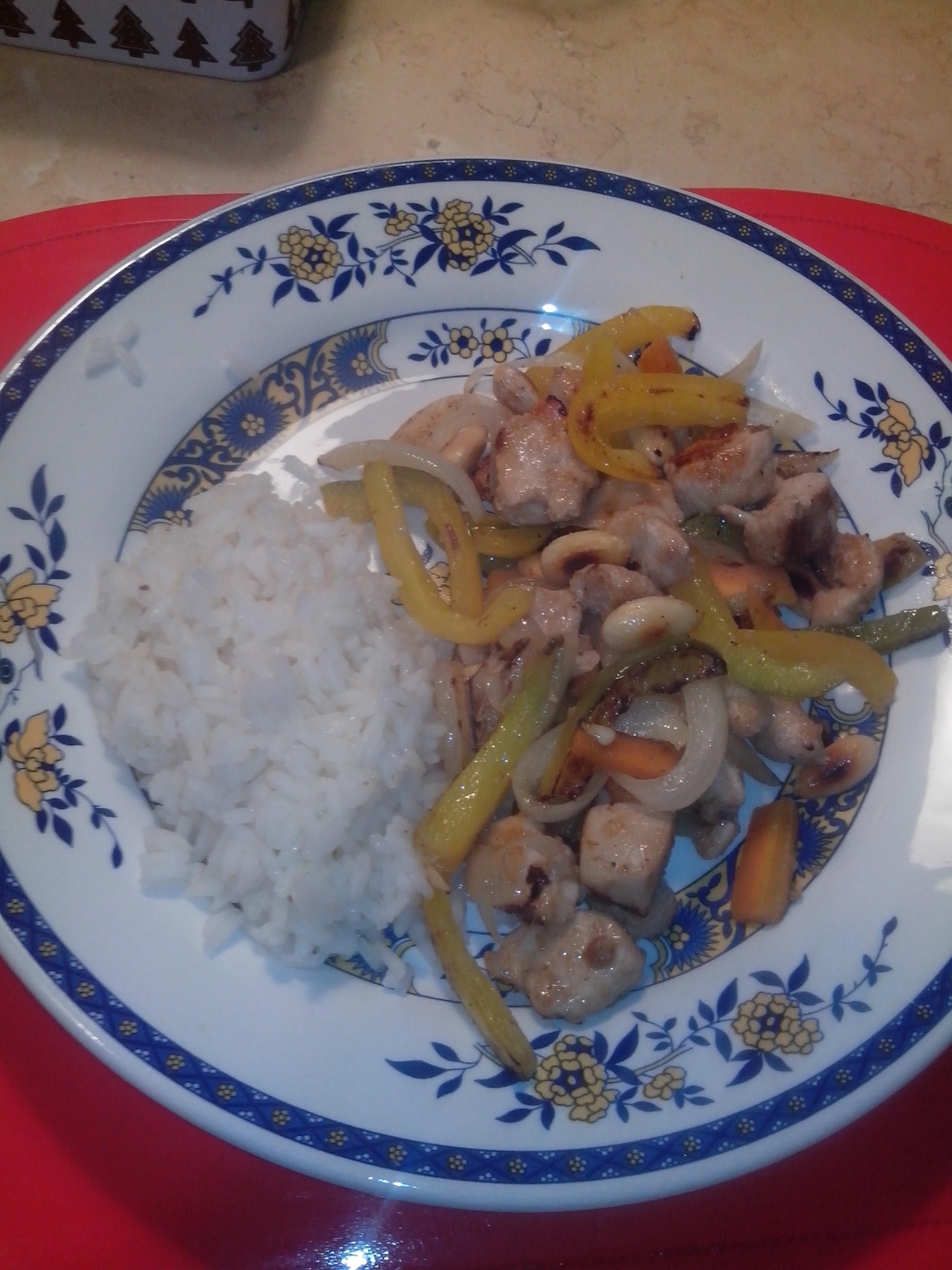 Bocconcini di pollo e riso