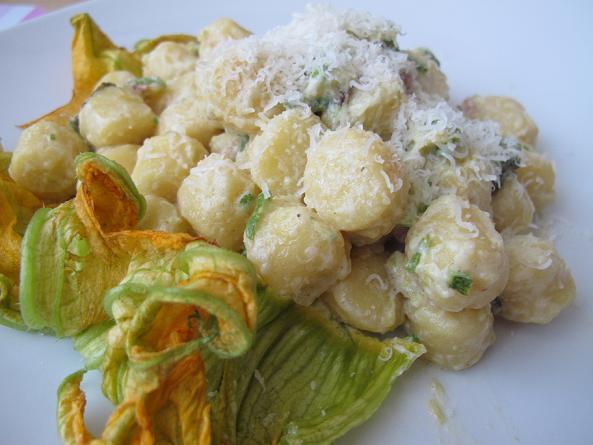 Gnocchi zucchine pancetta 7