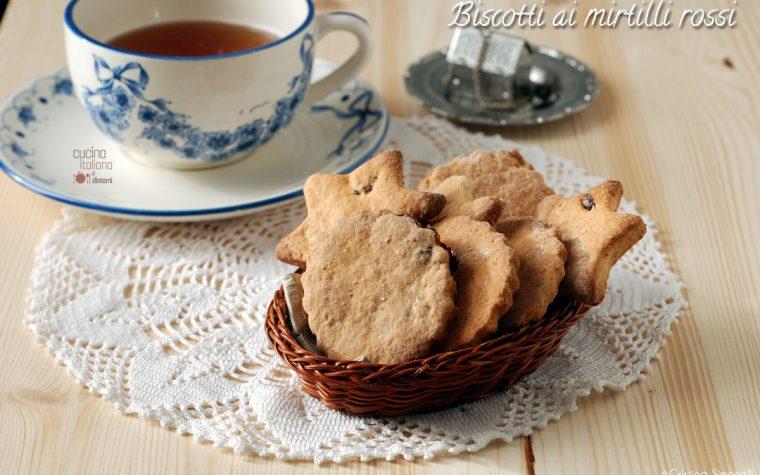Biscotti croccanti ai mirtilli rossi