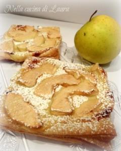 quadrotti di sfoglia con crema e mele  - nella cucina di laura