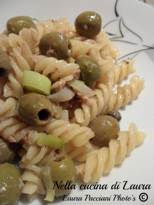 fusilli_tonno_olive_capperi_cucinalaura