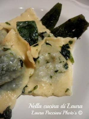 ravioli_spinaci_rossini_burro_salvia_cucinalaura