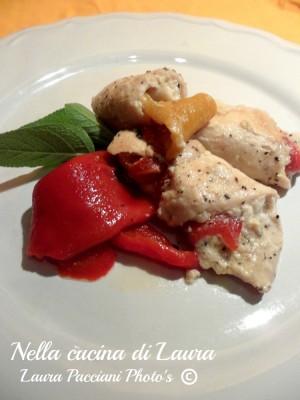 involtini di pollo con robiola e peperoni - nella cucina di laura
