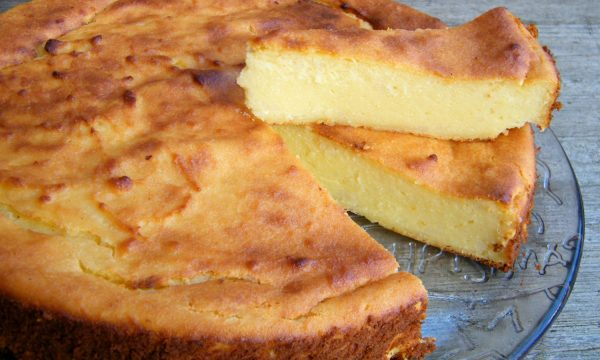 MIGLIACCIO NAPOLETANO O TORTA DI SEMOLINO