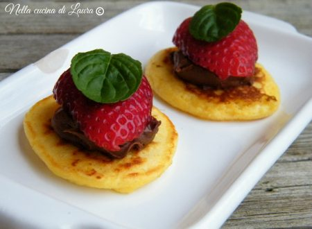 BLINIS CON NUTELLA E FRAGOLE