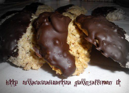 Biscotti ai fiocchi d'avena con cioccolato, ricetta dolce