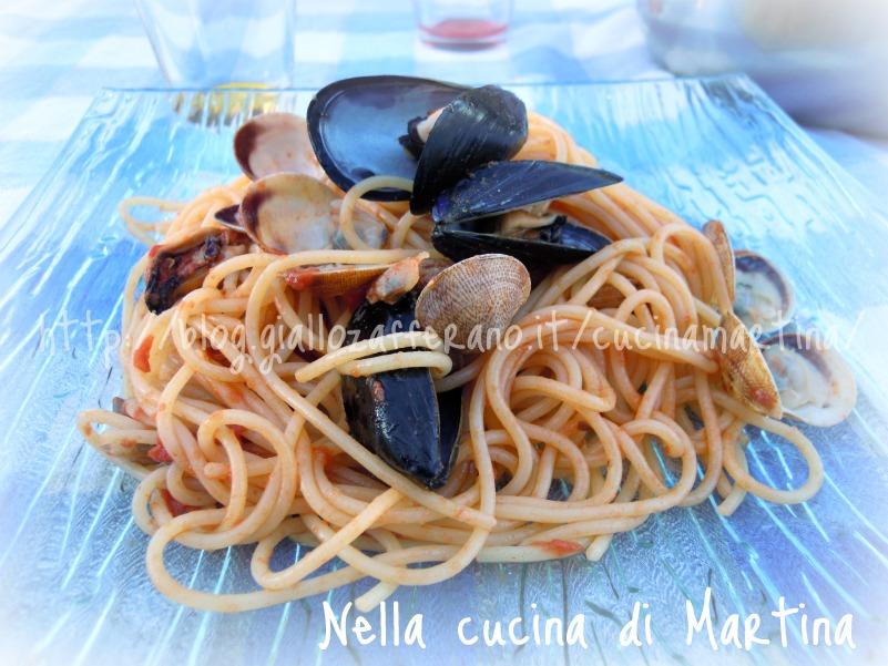spaghetti frutti di mare e funghi