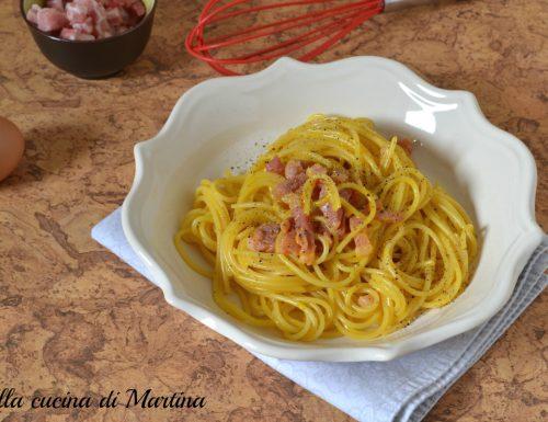 Gli spaghetti alla carbonara, ricetta di Suor Germana