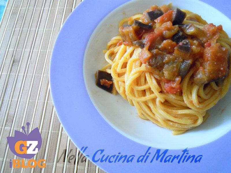 spaghetti alla norma light nella cucina di martina blog