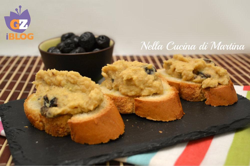 Crostini con crema di ceci ricetta blog nella cucina di martina