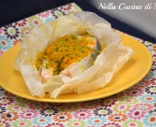 Salmone al cartoccio con verdurine