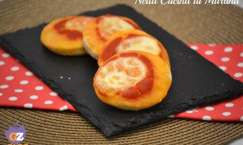 Pizzette rosse per aperitivo